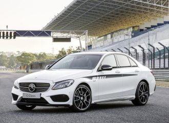 Νέα αξεσουάρ AMG για πιο σπορ εμφάνιση στη Mercedes C-Class