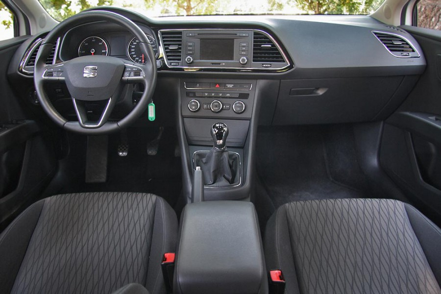 seat leon 1 2 tsi 105 ps autogreeknews. Black Bedroom Furniture Sets. Home Design Ideas