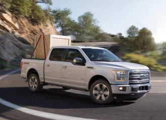 To Ford F-150 με Sport Mode απευθείας από τη Mustang!