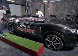 Nissan Qashqai «μεταμορφώθηκε» σε ποδοσφαιράκι! (video)