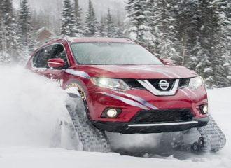 Παιχνίδια στο χιόνι με ερπυστριοφόρο Nissan X-Trail! (+video)
