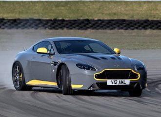 Νέα Aston Martin V12 Vantage S με μηχανικό κιβώτιο 7 ταχυτήτων!