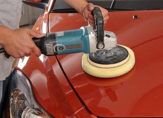 Γυάλισμα αυτοκινήτου με τιμή από 50 ευρώ