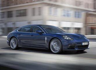Η βασική έκδοση της νέας Porsche Panamera