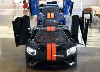 Το πρώτο Ford GT βγήκε από την παραγωγή (+video)