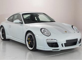 Υπερσπάνια Porsche 911 πωλείται με 129 χλμ. στο οδόμετρο