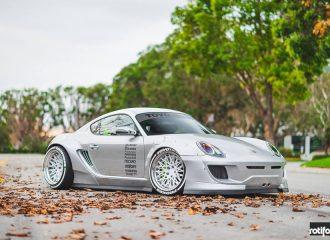 """Μετατροπή """"βιασμός"""" μιας Porsche Cayman"""