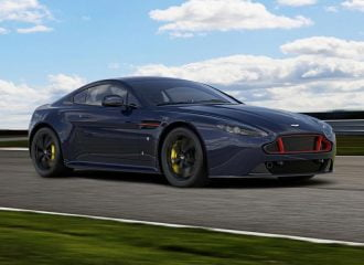 Νέες Aston Martin στα χρώματα της Red Bull