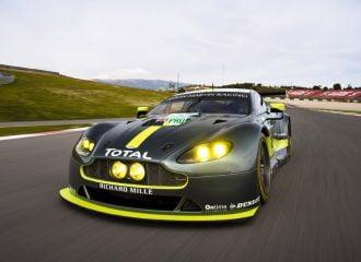 Αποκάλυψη της νέας αγωνιστικής Aston Martin Vantage V8 GTE (+video)