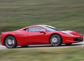 Πόσες Ferrari έχουν πωληθεί στην Ελλάδα την τελευταία 20ετία;
