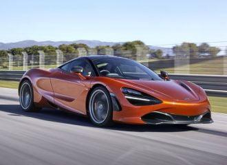 Νέα McLaren 720S με καταιγιστικές επιδόσεις (+video)