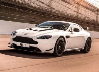 Αγωνιστικών προδιαγραφών η νέα Aston Martin Vantage AMR