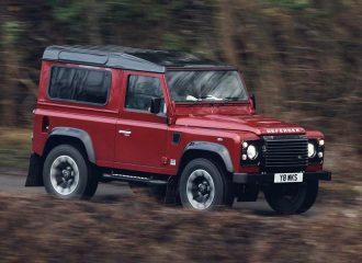 Το Land Rover Defender επιστρέφει με 405 άλογα!