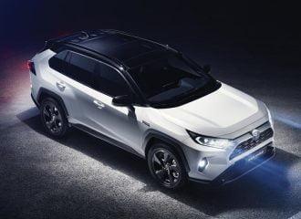 Νέο Toyota RAV4: Και υβριδικό με τρία μοτέρ (+videos)