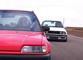 BMW 325i E30 vs Honda Civic EF: Μάχη άλλων εποχών (+video)