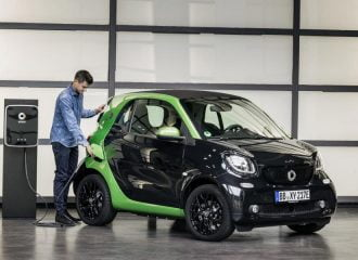 Τελειώνει το… καύσιμο στα smart