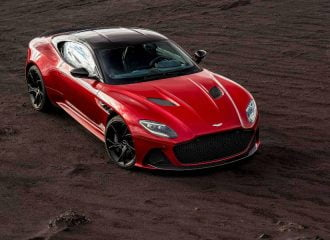 Εκθαμβωτική η νέα Aston Martin DBS Superleggera (+video)