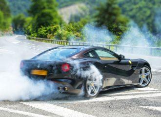 Η Ferrari ανακαλεί περισσότερα από 1.500 αυτοκίνητα