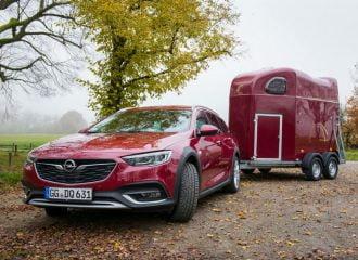 Η Opel βάφει το Insignia όπως θες. Για 6.000 ευρώ