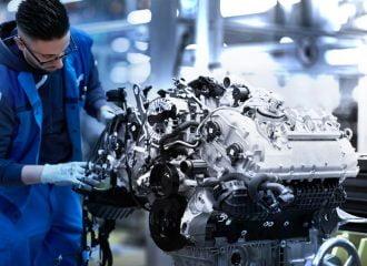 Πως φτιάχνεται ο V8 κινητήρας της BMW M850i (+videos)
