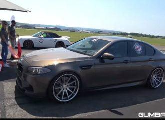 Βελτιωμένη BMW M5 720 ίππων τα βάζει με supercars (+video)