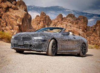 Η BMW Σειρά 8 Convertible στην «Κοιλάδα του Θανάτου»