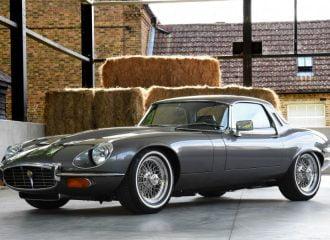 Εντυπωσιακά αναπαλαιωμένη Jaguar E-Type