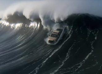 Το απίστευτο video της Toyota με τον Τσακ Νόρις