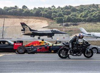 Supercars εναντίον Formula 1, μηχανής και αεροπλάνων (+video)