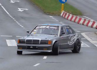 «Μπρουτάλ» Mercedes 190E τα βλέπει όλα «ανάποδα» (+video)