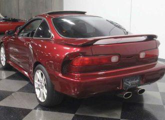 Πωλείται μοναδικό κεντρομήχανο και V8 Honda Integra!