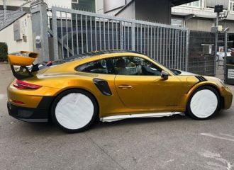 «Σπέσιαλ» χρώμα στην τιμή…Porsche 718 Cayman!