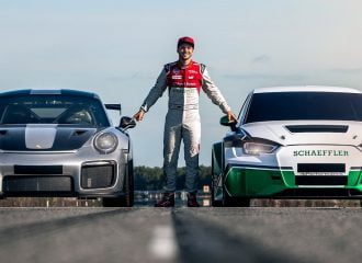 Porsche 911 GT2 RS ή ηλεκτροκίνητο 1.200 ίππων; (+video)