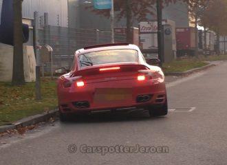 Όταν η Porsche πέφτει σε χέρια… ανίκανου (+video)