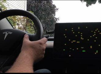 Η Tesla προσθέτει παιχνίδια Atari στο λογισμικό της! (+video)