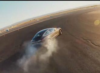 Το Tesla Model 3 και επίσημα πιο γρήγορο από Ferrari!