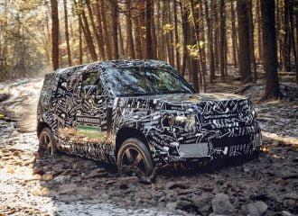 Το νέο Land Rover Defender σκληραγωγείται (+video)