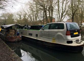 Ένα VW Touran έγινε ποταμόπλοιο!