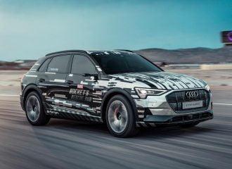 Το Audi e-tron βάζει σε περιπέτεια τους επιβάτες του