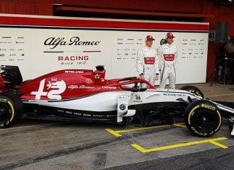 Αποκαλυπτήρια της Alfa Romeo στη Βαρκελώνη (+video)