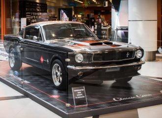 Δείτε από κοντά τα Ford Capri και Mustang «Eleanor»