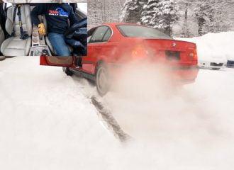 Πώς να ξεκολλήσεις πισωκίνητο από τα χιόνια με το χειρόφρενο (+video)