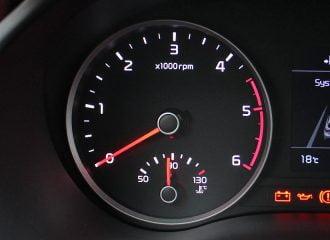 Πως οδηγούμε μέχρι να ζεσταθεί ο κινητήρας;