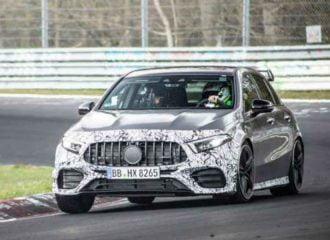 Η νέα Mercedes-AMG A 45 οργιάζει στο Nurburgring