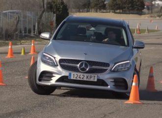 «Μούτρα» η Mercedes C-Class στο τεστ αποφυγής ταράνδου (+video)