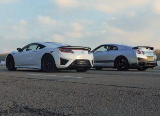 Nissan GT-R Litchfield κοντράρεται με Honda NSX