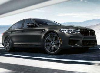 Η BMW M5 έγινε 35 ετών και το γιορτάζει!