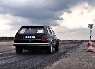 VW Golf 36 ετών με 1.200 ίππους απογειώνεται! (+video)