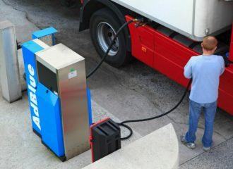 Πώς «κλέβουν» τα φορτηγά στις εκπομπές ρύπων;