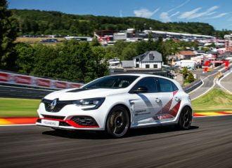 Το Renault Megane RS Trophy-R διέλυσε κι άλλο ρεκόρ του Type R (+video)